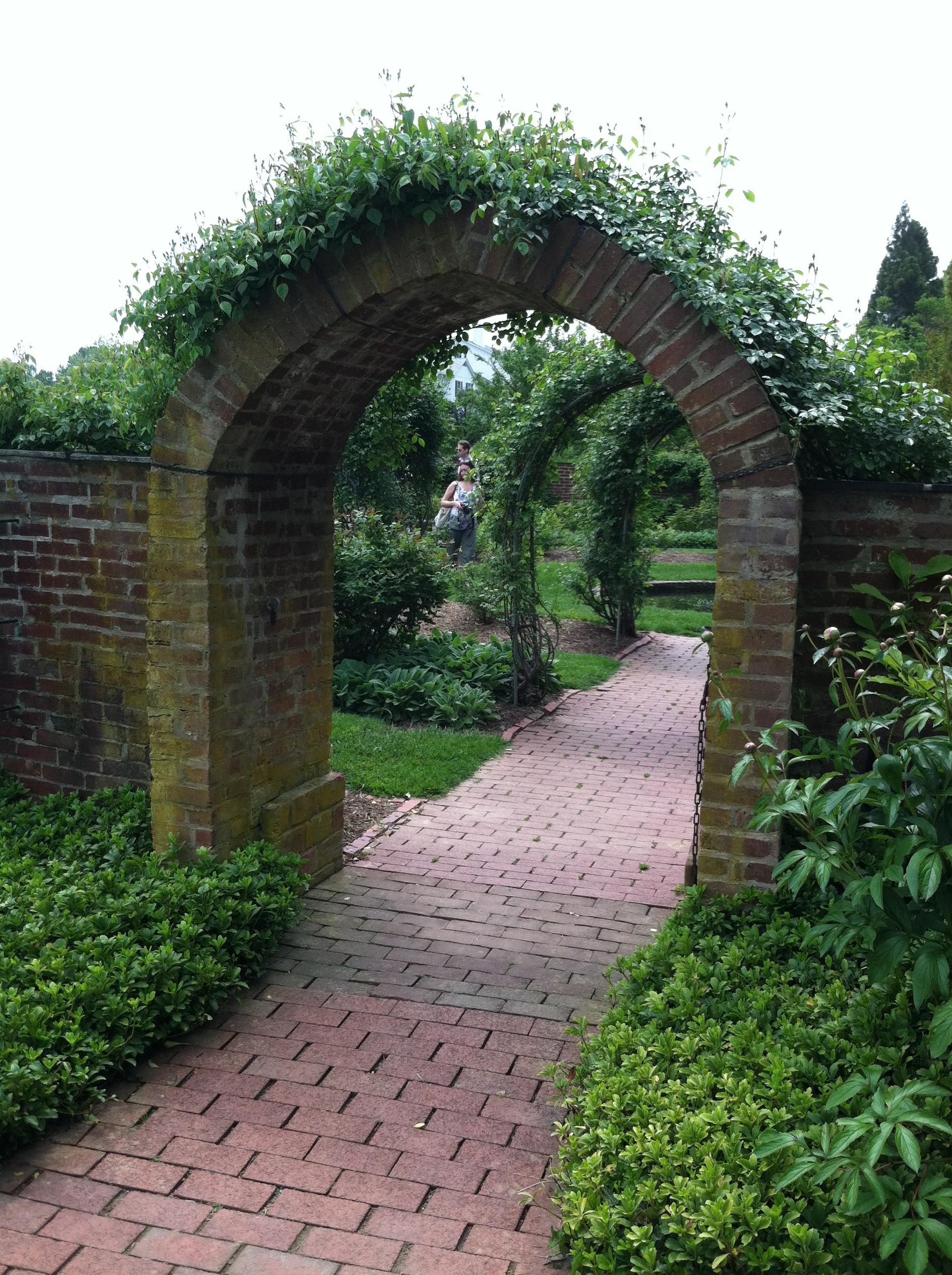 Magical mystery tour ladew topiary gardens the garden for Garden gateway