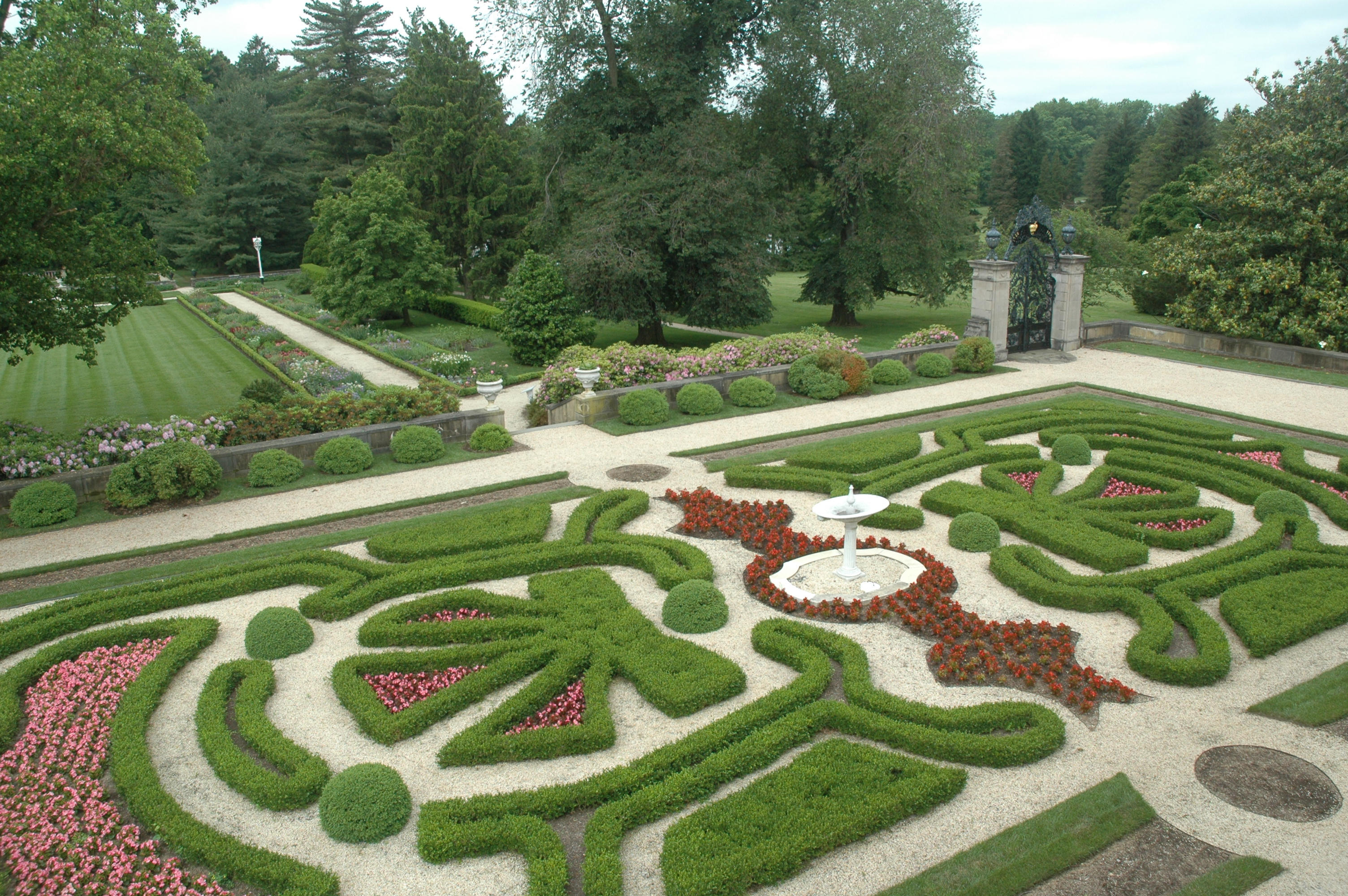 Filoli knot gardens the garden diaries for English knot garden designs