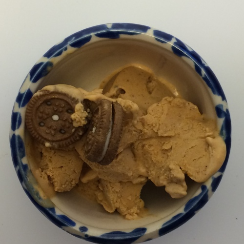 Pumpkin Ice Cream with Ginger Creme Cookies