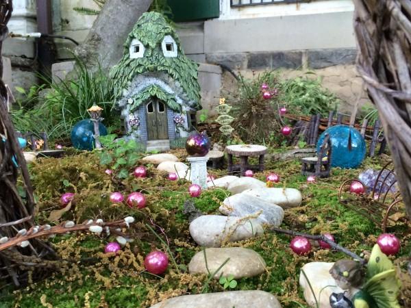 Mossy fairy garden